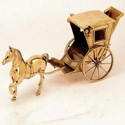 Лошадь с каретой St548