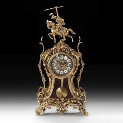 Настольные часы V5070
