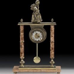 Настольные часы V2181CR